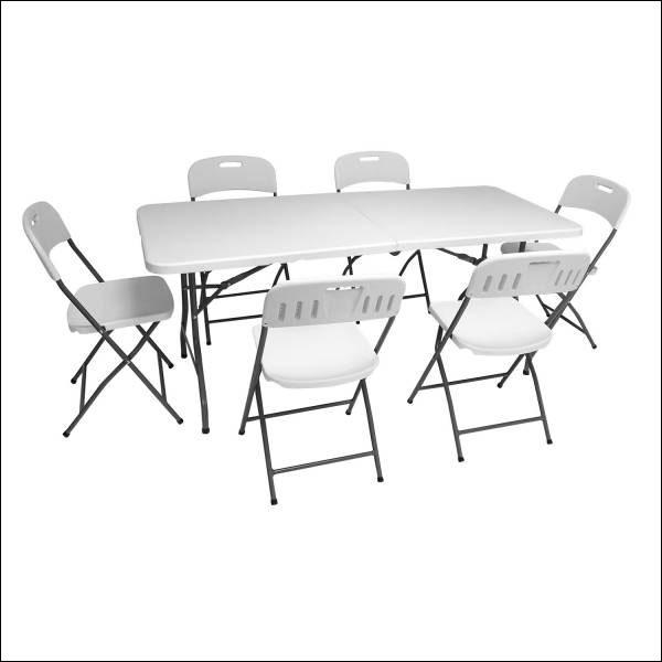 Table et chaises pliantes